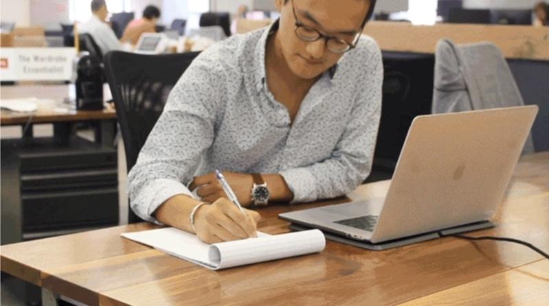 MagC Wireless Charging MacBook