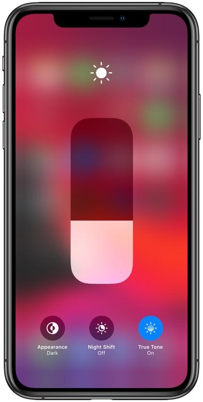 iOS 13 dark mode feature