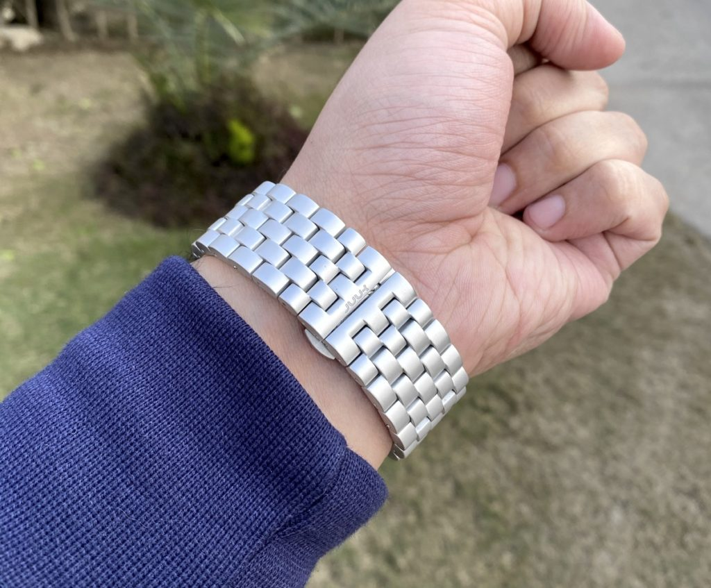 JUUK Qrono Silver Apple Watch Band